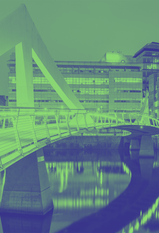 An image of the Glasgow city bridge, over the river Clyde